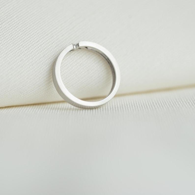 set with a Baguette Diamond of 0.04 carat Simple Unique Band ringwedding band Platinum WEAVE 14K18K gold