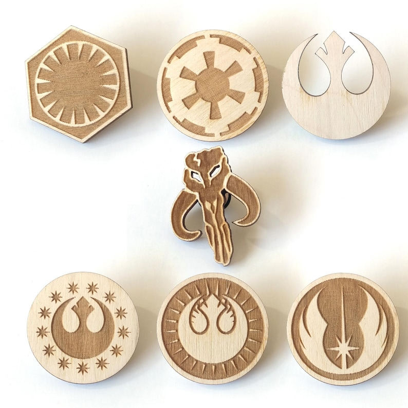 Star Wars Laser Etched Wood Pin image 0