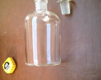 Vintage Large Pyrex Glass USA  Laboratory Apothecary Glass Jar Drug Store  Pharmacy Jar with Stopper
