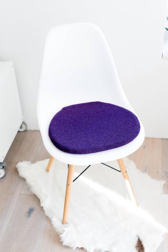 Remarkable Seat Cushion Fitting For Eames Chair In Eggplant Evergreenethics Interior Chair Design Evergreenethicsorg