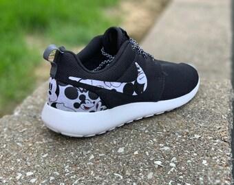 4dca48acbe9e Custom Mickey Mouse Nike Roshe