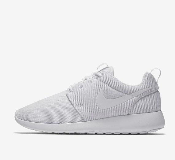 Women's Tanjun Sneaker in 2020   Jeans outfit summer, Nike