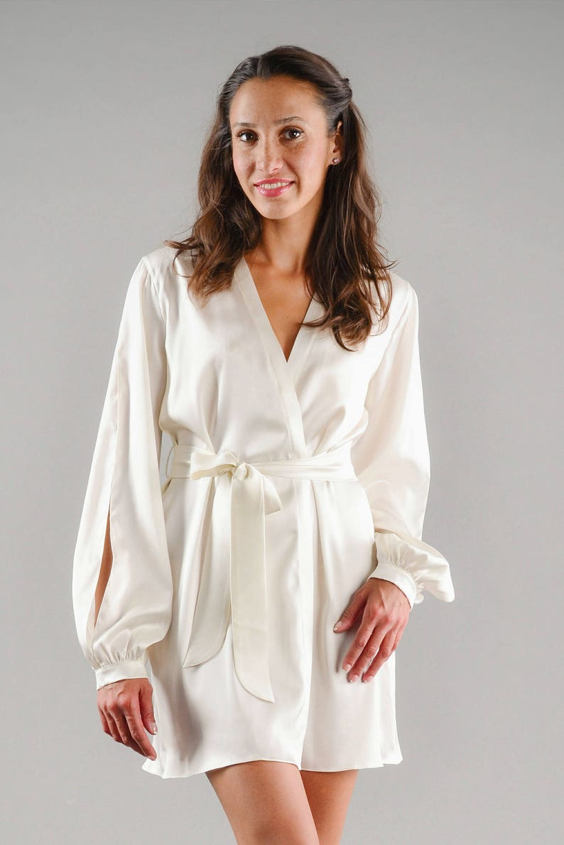 4f1345de1c Short silk robe with open sleeves Pure silk Bridal silk