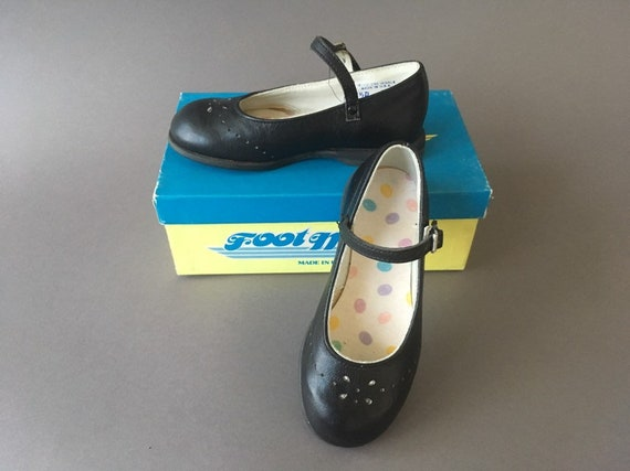 70s Deadstock Vintage Girls Leather Maryjane Shoes