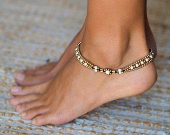 Anklets For Women // Ankle bracelet // Women Anklet // White Agate Anklet // Women Ankle Bracelet // Beach Ankle Bracelet // White Anklet
