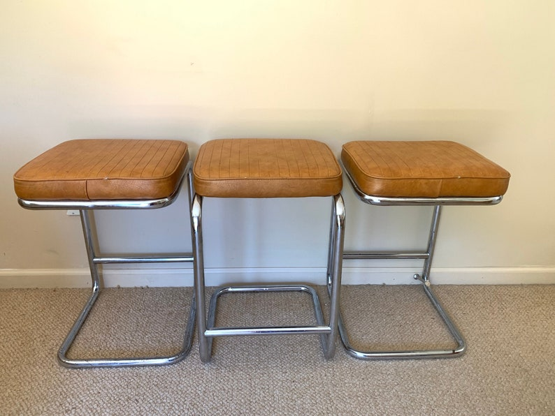 Brilliant Vintage Chromcraft Cantilever Barstool Chairs Set Of 3 Vinyl And Chrome Chairs Pdpeps Interior Chair Design Pdpepsorg