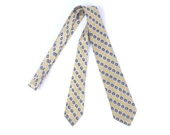 Vintage 30s Necktie - 30s Brocade Necktie - 30s Silver Necktie - 30s Silk Necktie - Fleur de Lis Necktie - John Wanamaker - 30s Cravat