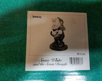 "WDCC Walt Disney Classic Collection SNEEZY ""Ah-Choo!"""