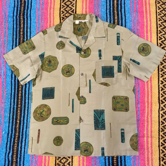 Killer Chinese dragon on 60's Hawaiian shirt! - image 1
