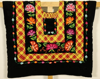 FREE shipping! Cadenilla and Hand-woven flowers huipil,  Ethnic vintage mexican blouse, güipil de tehuana: Frida Kahlo-style, Tehuantepec