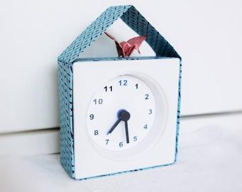 Small clock for cuckoo!