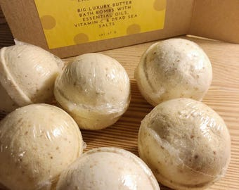 Bathbomb Set | Holiday Spa Gift | Vegan Bath Product | Bath Fizzy | Bridesmaid Gift | Custom Gift | Aromatherapy | Relaxation | Holiday Gift