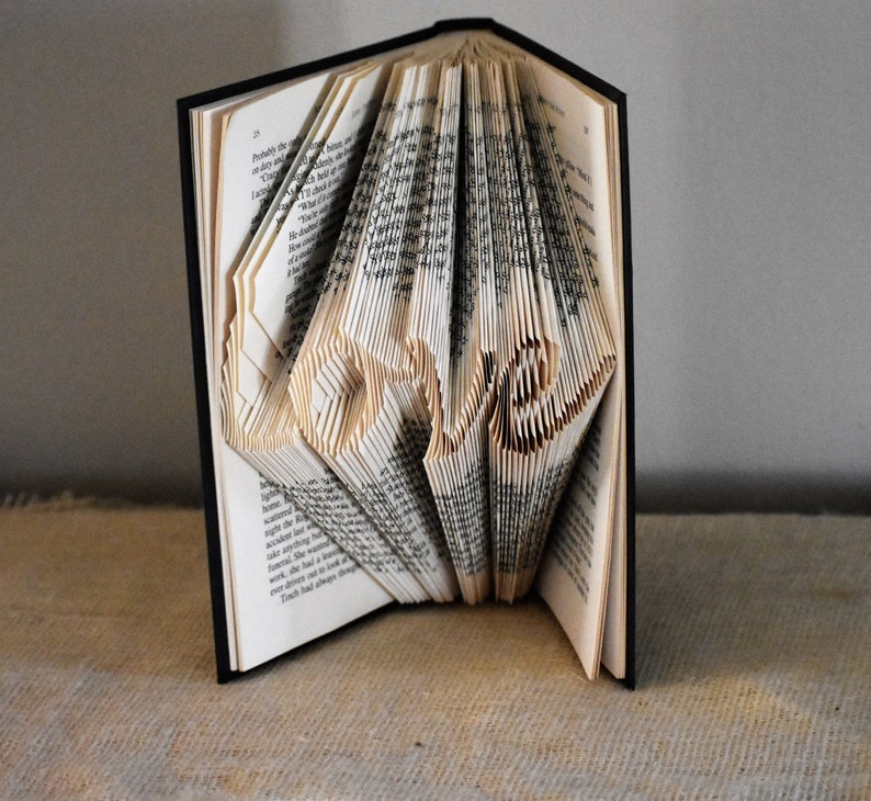 DIY Christmas Gifts Folded Book Art Pattern to Display the image 0