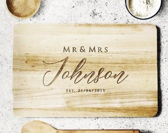 Wedding Gift Personalised Chopping board, custom chopping board personalised wooden chopping board, house warming gift for couples.