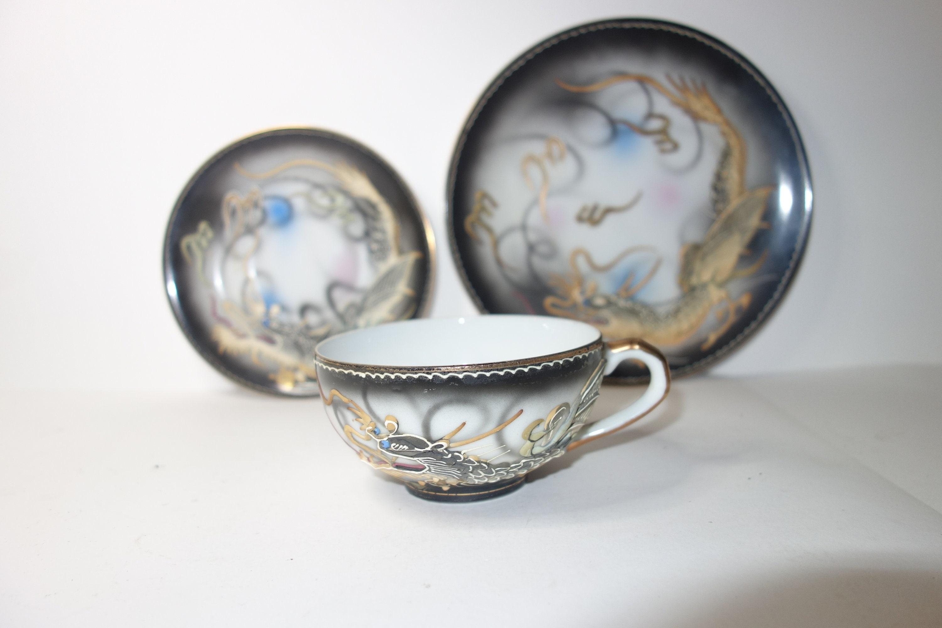 Vintage Cup /& Saucer With Dragon On Side /& Lady In Base