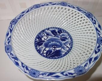 Chinese fine lattice porcelain fruit basket