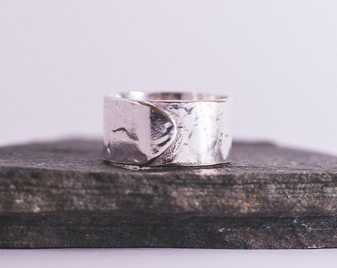 Featured listing image: Sterling Silver Chunky Overlap Ring \\ Eco Silver //