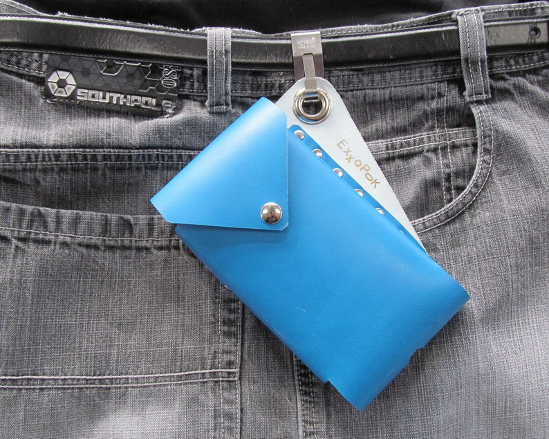 separation shoes 379ee ea39e Leather dual Cell Phone Belt Pouch. Clip on Holster Case for two phones.  Will carry two smartphones like iphone XS, Pixel 3, or Samsung S7
