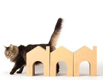 Casa pequeña para gatitos rascador de cartón
