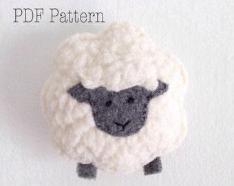 Little Sheep Christmas Ornament Pattern, Felt Ornament Pattern, Christmas Crafts, DIY Christmas Ornament, DIY Holiday Ornament, DIY Gift