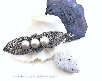 "wire crochet pendant ""PEAS IN A POD"" - graphite coloured with fresh water pearls"
