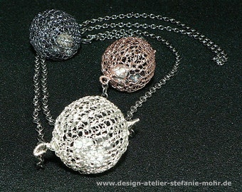 """wire crochet """"BUBBLE"""" necklace with moving fresh water pearls"""