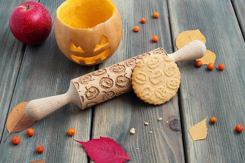Pumpkin rolling pin cookie stamp embossing rolling pin image 1