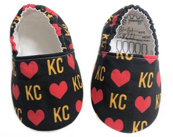 Heart KC Moccs / Football Baby Moccs/ Mocs / Infant Moccasins / Baby Moccs / Toddler Moccasins / Toddler Slippers / Vegan Moccs / Gift