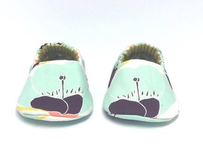 0-3mo RTS Aqua & Eggplant Floral Baby Shoes
