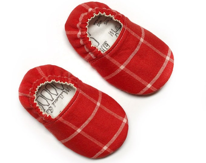 3-6mo RTS Red & White Plaid Baby Shoes, Christmas Baby Slippers, Soft Sole Baby Shoes, Unisex Baby Shoes, Baby Moccasins, Vegan Toddler Shoe