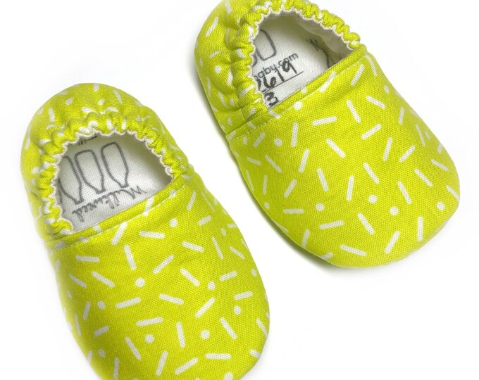0-3mo ready to ship soft sole shoes, neon yellow sprinkles