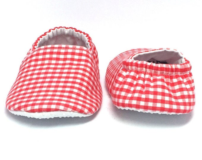 12-18mo RTS Baby Moccs: Red & White Gingham / Baby Shoes  / Children Indoor Shoes / Vegan Moccs / Toddler Slippers / Montessori Shoes