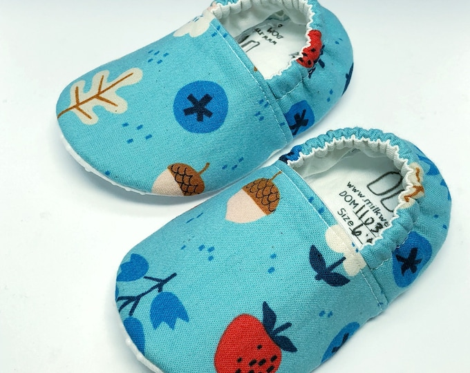 Woodland Baby Shoes, Forest Moccasins, Baby Girl Shoes, Soft Sole Baby Shoes, Baby Slippers, Baby Moccasins, Crib Shoes, Baby Moccs, Moccs