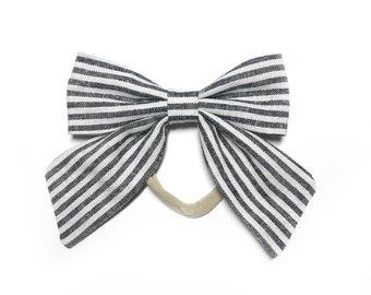 Black & Natural Stripe Sailor Bow Nylon Headband / Sailor Bow/ Black White Stripe Bow with Tails / Sailor Bow Headband / Baby Bow Headband