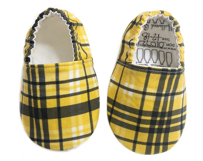 12-18mo Ready to Ship Clueless Moccasins, Cher Plaid