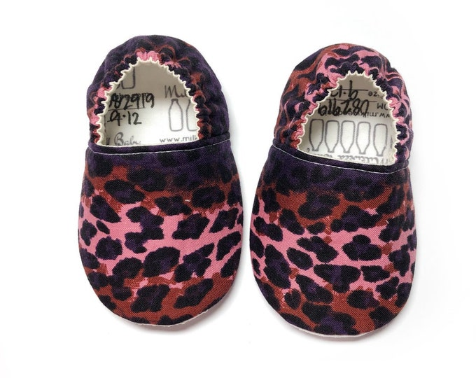 9-12mo Ready To Ship Cheetah Print Soft Sole Baby Shoes