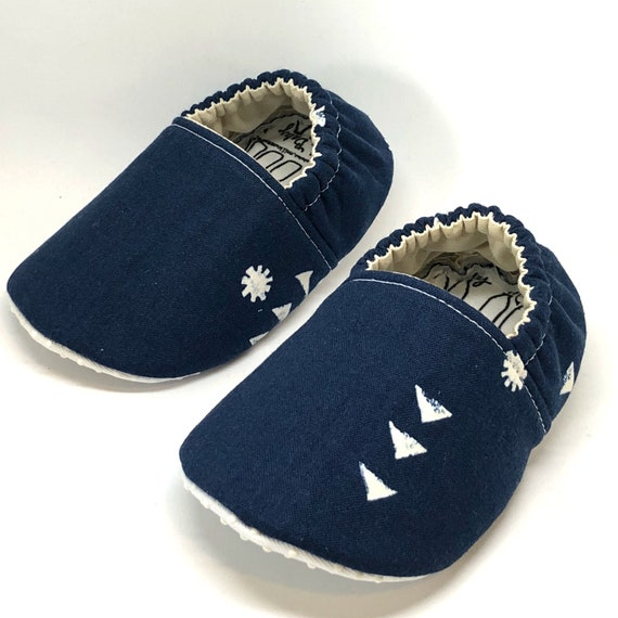 23e94f2809c40 Baby Shoes, Baby Slippers, baby slipper moccs, Moonrise Baby, Toddler  shoes, crib shoes, soft sole baby shoes, unisex shoes, navy blue zen