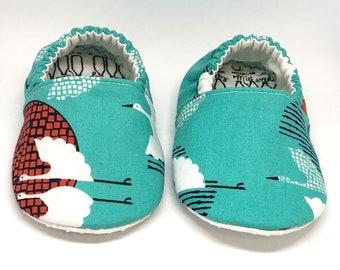 Crane Moccs / Mocs / Infant Moccasins / Baby Moccs / Toddler Moccasins / Toddler Slippers / Vegan Moccasins / Montessori Shoes / Japanese