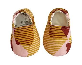Rust Mustard Pink Moccs / Moccs/ Mocs / Infant Moccasins / Baby Moccs / Toddler Moccasins / Toddler Slippers / Vegan / Soft Sole Shoes