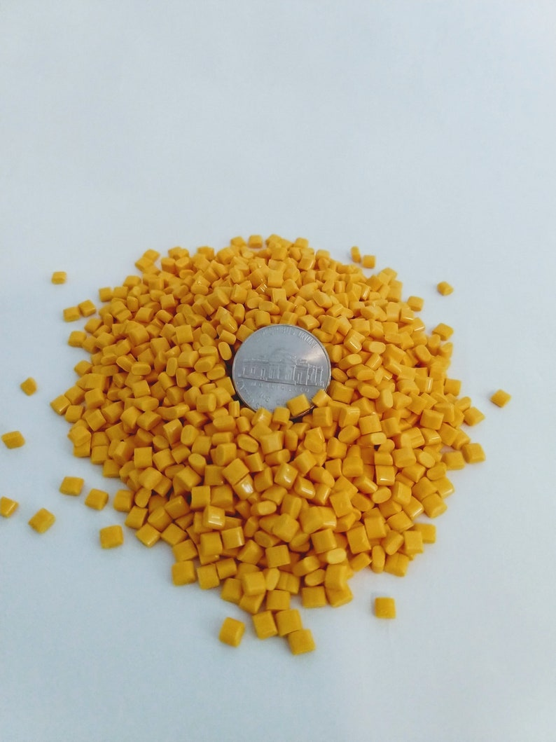 Yellow Gold Poly Pellets