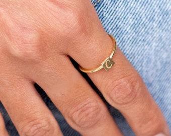 Mom Ring, Custom Initial Ring, Letter Ring, Monogram Ring, Personalized Ring, Personalized Jewelry, Name Ring, Stacking Ring, SR0466