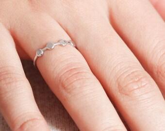 Circle Ring, Circle Gold Ring, Gold Stacking Ring, Geometric Ring, Dainty Circle Ring, Thin Stacking Band, Thin Ring, Stacking Ring, SR0015