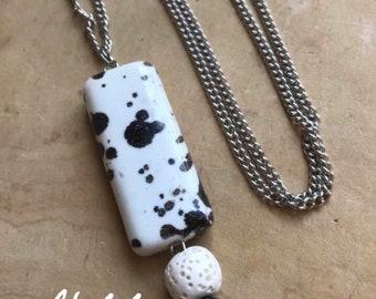 Oil Diffuser Leaf Necklace