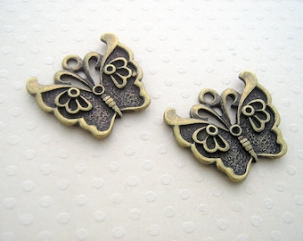 Set of 2 Butterfly charms bronze 20 mm x 23 mm - BB-0635