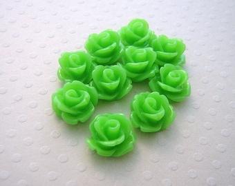 Set of 10 resin flowers 10 mm Green