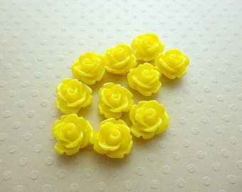 Set of 10 resin flowers yellow 10mm - en-0623