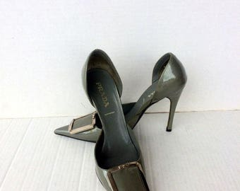 cf1d4599797f5 Vintage MOSCHINO open toe high heel spring-o lator | Etsy