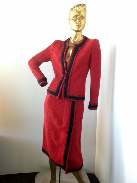ADOLFO sz med vintage 80s red wool suit,trimed in
