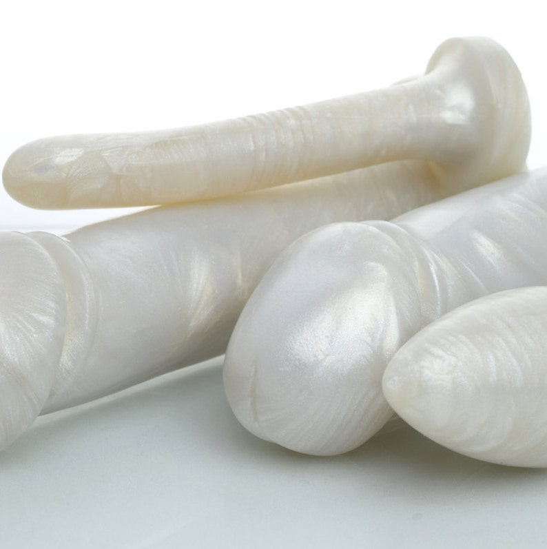 Beautiful Pearl Dildos Anal Toys and Butt Plugs image 0