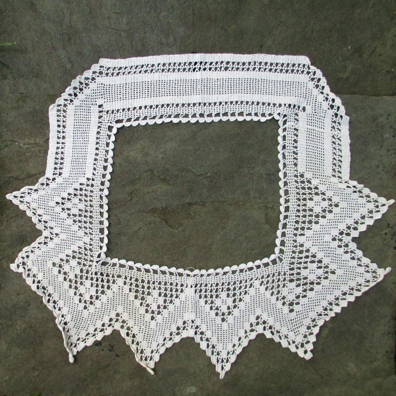 Antique Filet Crocheted Bodice Yoke trim Daisy Pattern Victorian Fashion